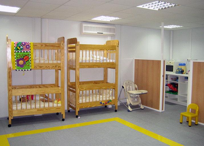 Módulos prefabricados para colegios en Etxekit