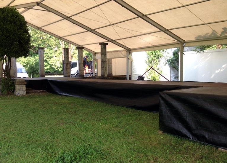 Alquiler de carpas y plataformas para eventos
