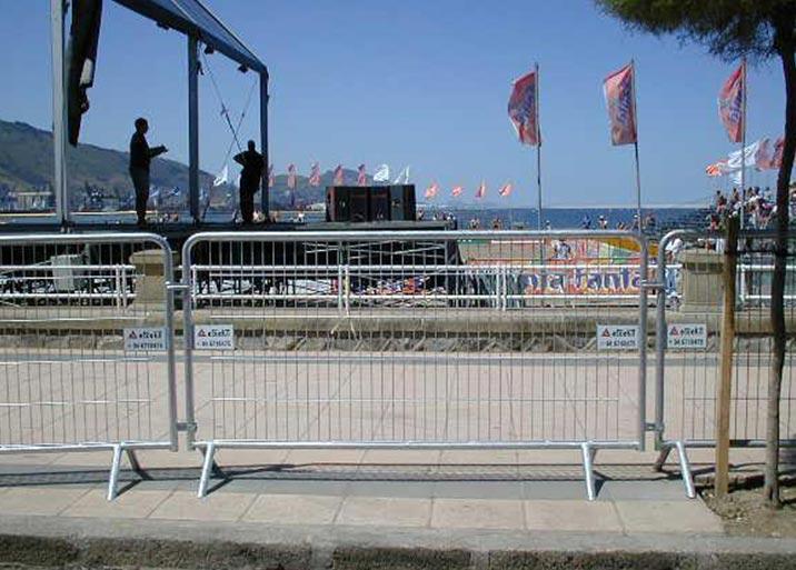 Alquiler de vallas de seguridad para eventos